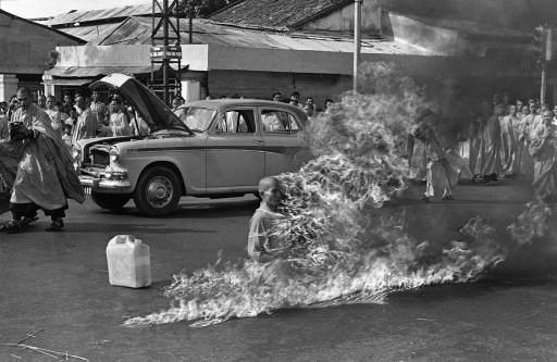Os Momentos mais importantes da Humanidade - Fotografias Marcantes.2 Protesto-silencioso-monge-budista2
